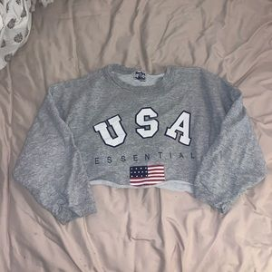 USA cropped crew neck